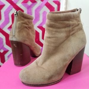 Jeffrey Campbell Shoes - Jeffery Campbell Rumble heeled booties size 6.5